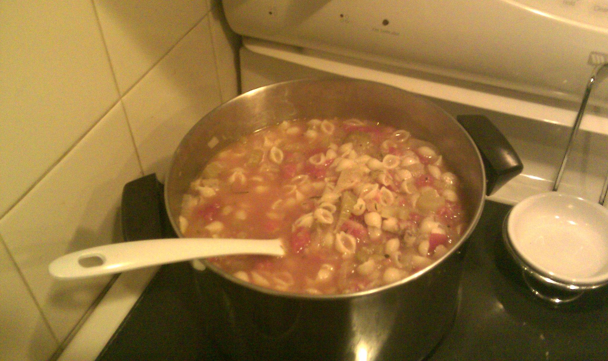 Tomato Zucchini Soup | Dozenroses13's Blog